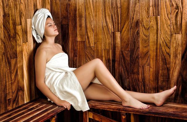 žena v sauně.jpg